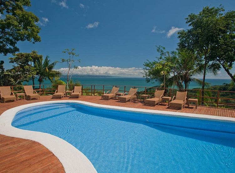 Lapa Rios poolside resized.jpg