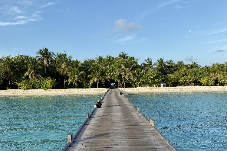 Image 2 - Maldives Rezised.png