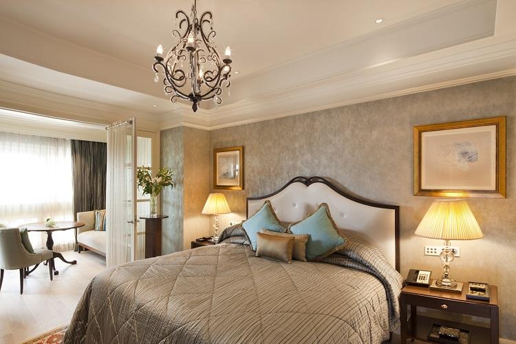 Aquarius Suite - Bedroom.jpg