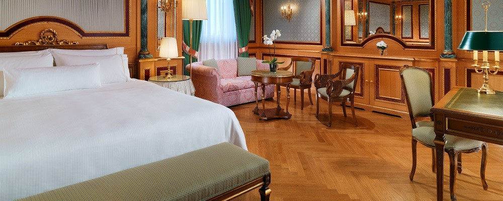 The Westin Palace Milan - Diplomatic - Suite Bedroom