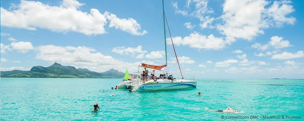 full-day-catamaran-cruise-3