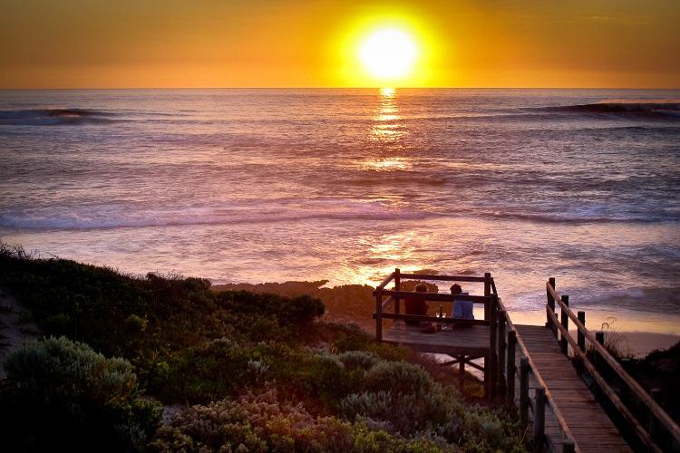 Cape-Lodge_Margaret-River_Sunset-Beach (Resized).jpg