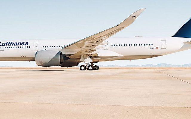 Lufthansa-Airbus-A350-900.jpg