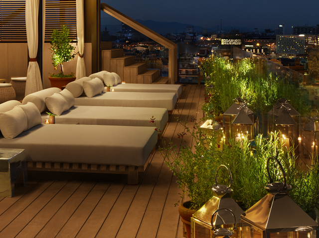 The Roof Lounge Area thumbnail.png